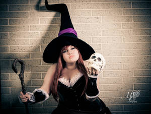 Sorceress Charm