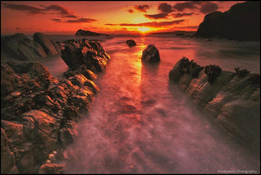 Irish coast... by BronislavKordovanik