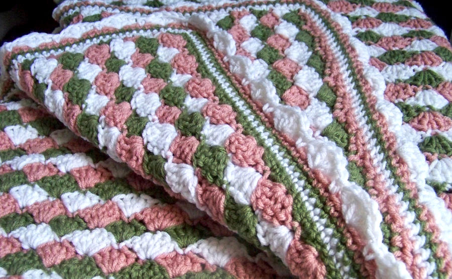 Victorian Rose Crocheted Baby Blanket by celticbard76 on ...