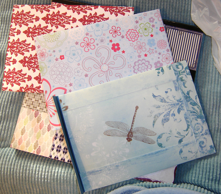 Happy Li'l Envelopes by callykarishokka