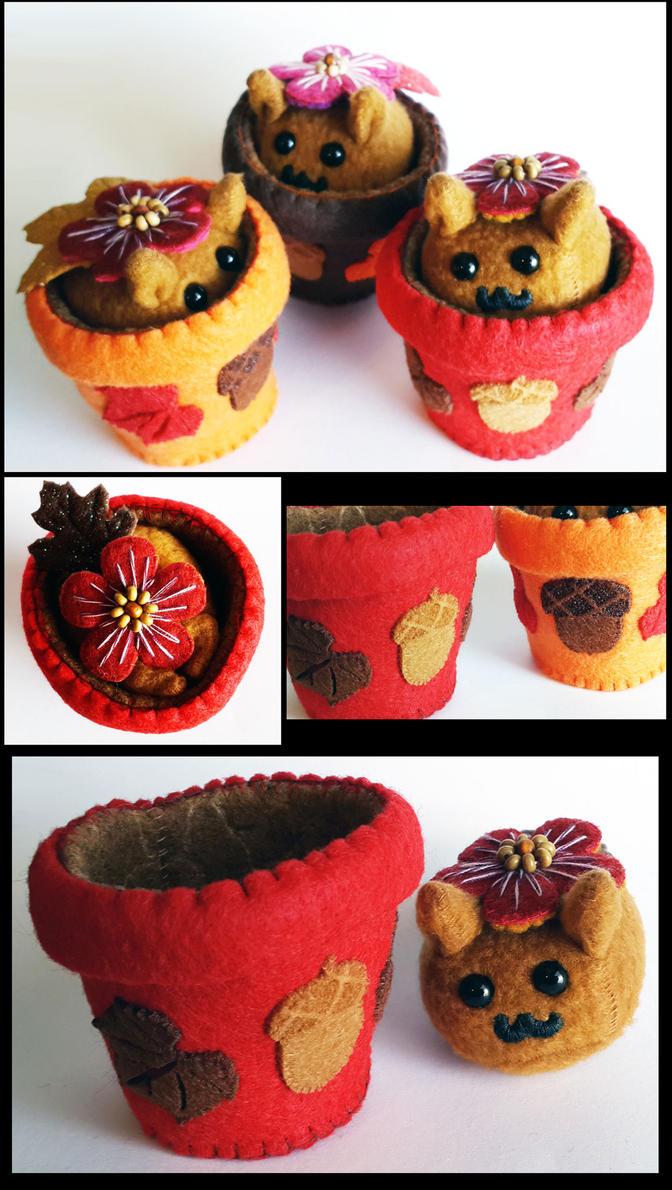 Autumn Puff Puggle Flower Pots by callykarishokka
