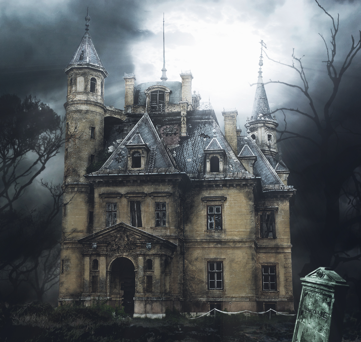 Spooky Mansion by RiDDiKK