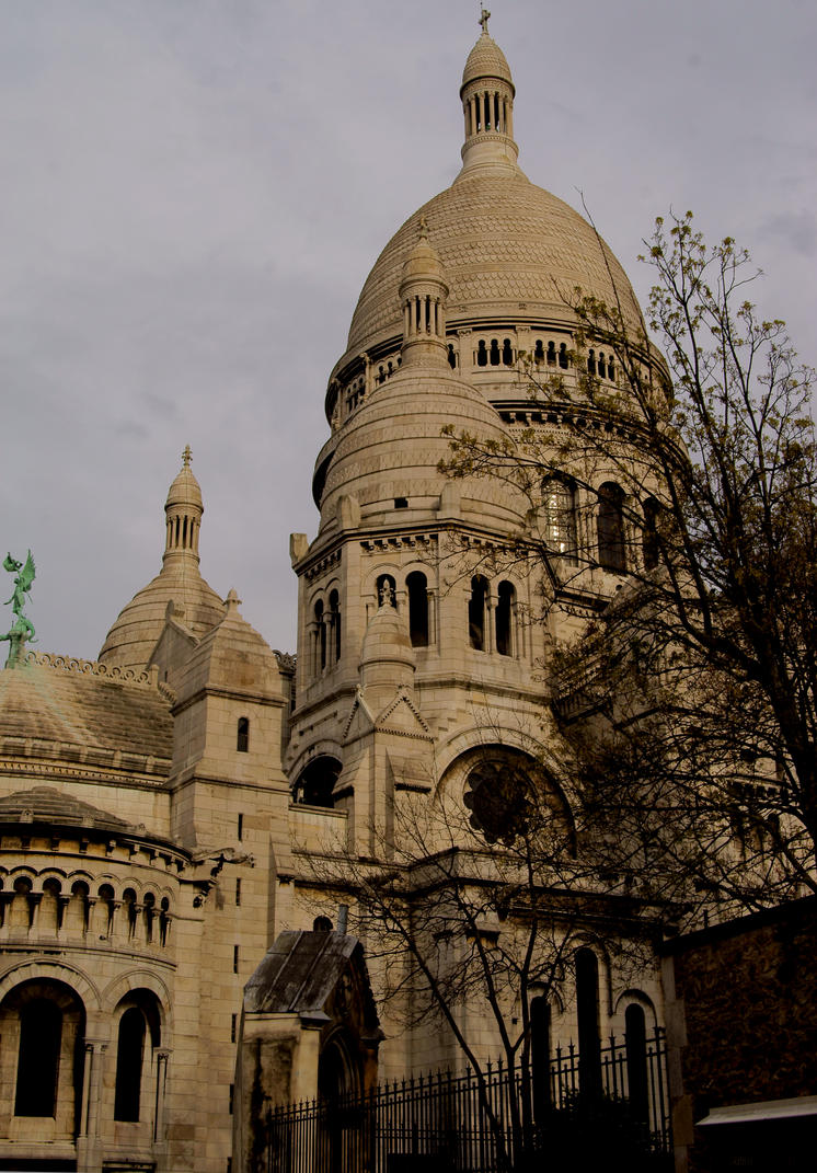 la basilique du sacre coeur de montmartre by bart2012 on