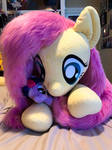 Fluttershy Loves Plushies, Too