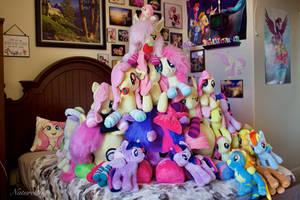 Pony Plushie Pyramid 2021