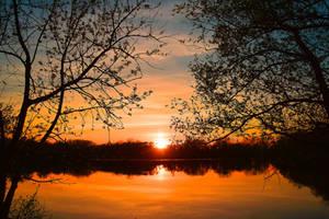 When the sun goes down by DavidMnr