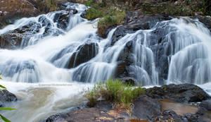 Dalanta Waterfall by tawunap159