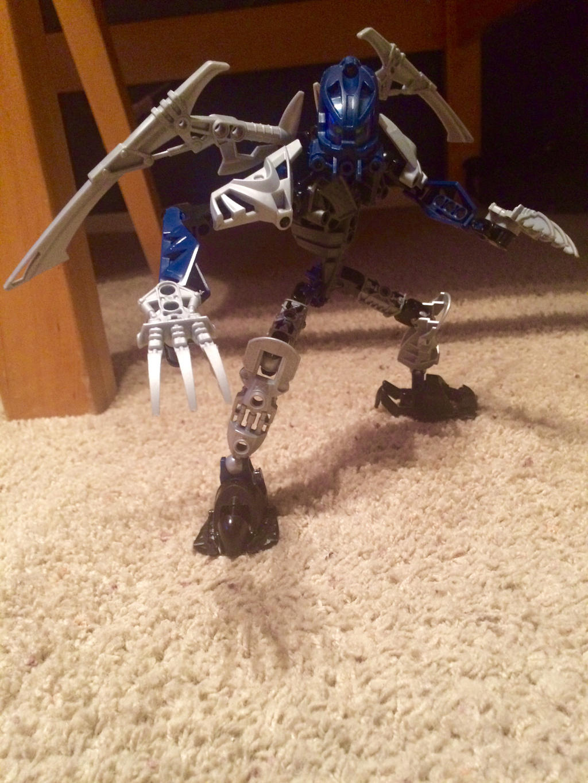 Bionicle OC - Zevahri by holmesian1891