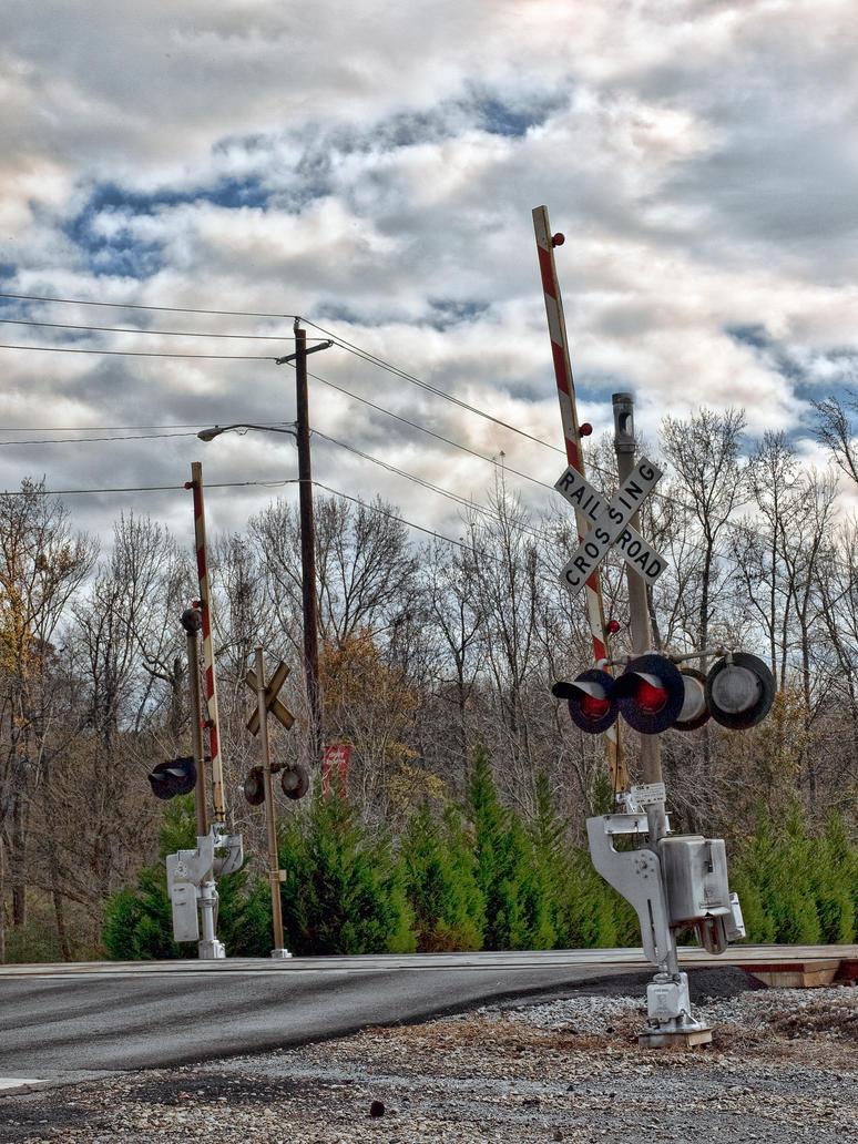 train crossing by artbylink