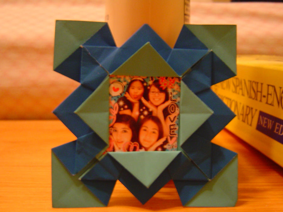 Origami Picture Frame By Aiaoicho On Deviantart