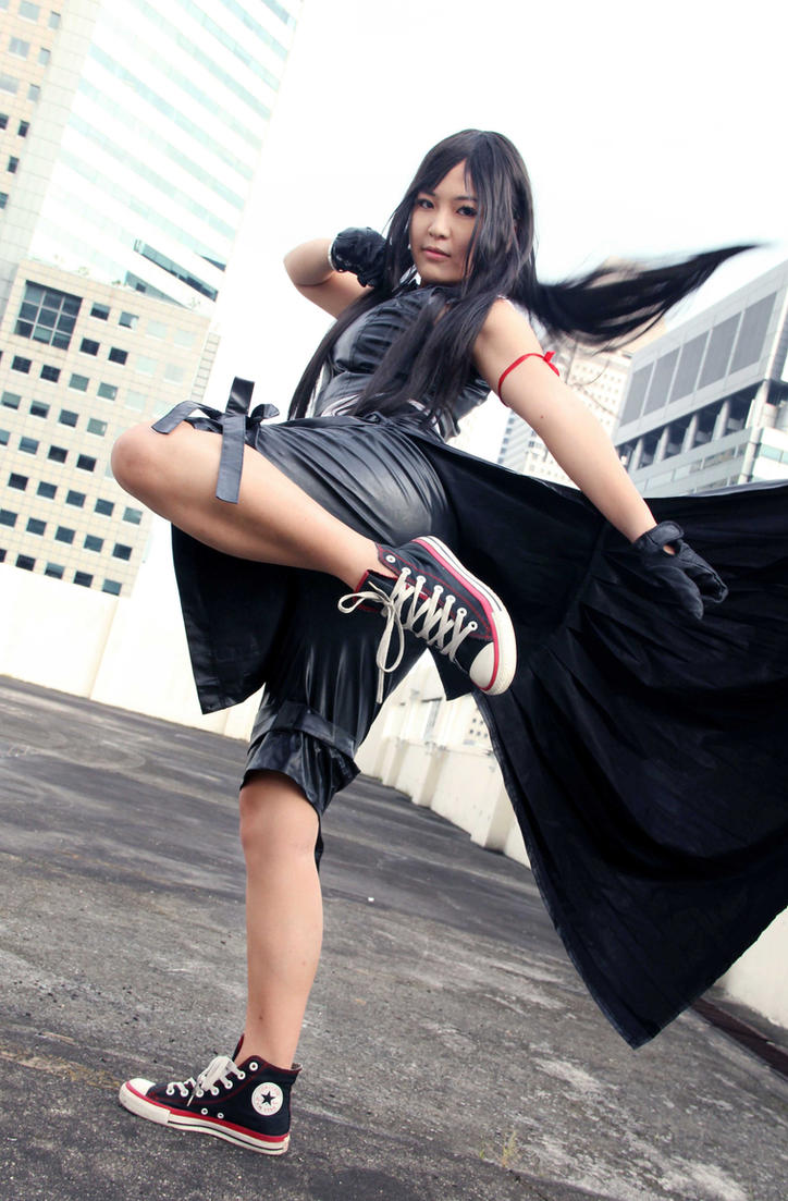 [Resim: tifa_lockhart__high_kick_by_sasusaku_4ever-d5ihic1.jpg]