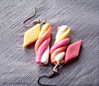 Marshmellow Earrings by Ice-Pandora