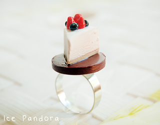 Miniature forest cheesecake by Ice-Pandora