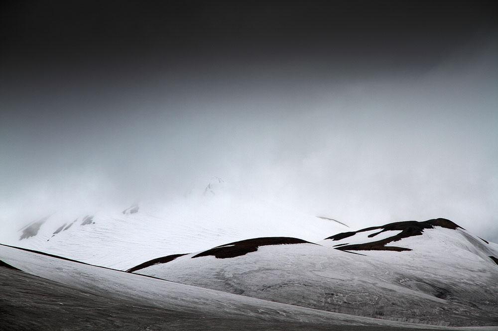 Hidden Hills by ZeSly