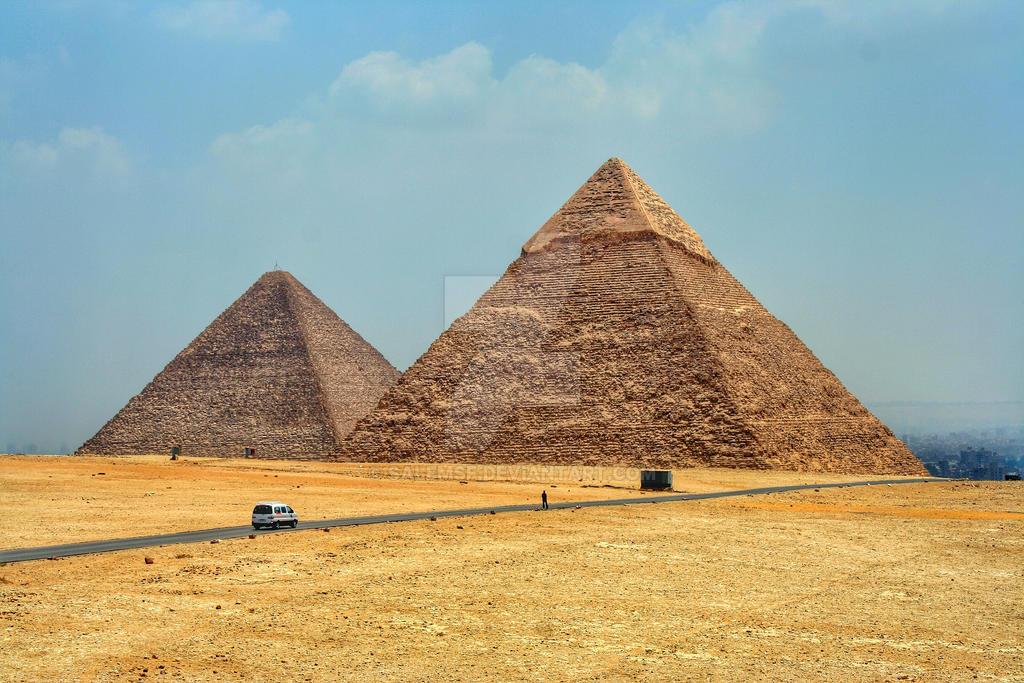 Pyramids by salemsf
