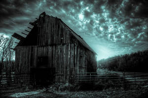 Sunset Barn III HDR by joelht74