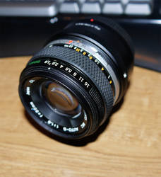 50mm lens side shot