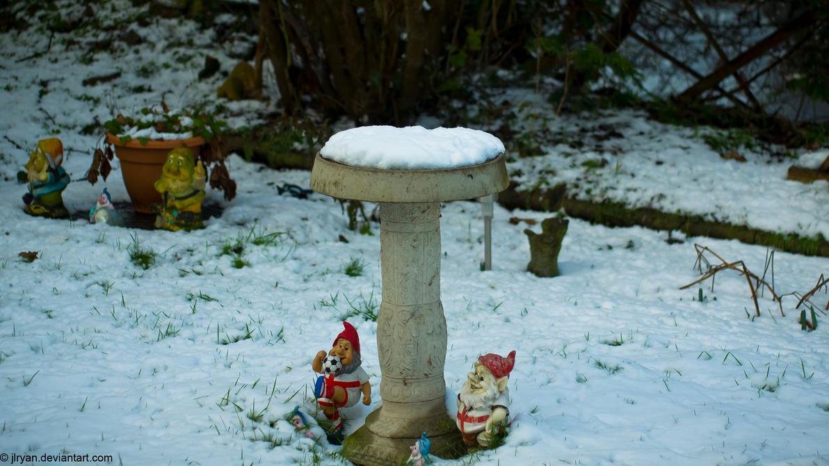 frozen_bird_bath_again__with_gnomes__by_jlryan-d4osivk.jpg