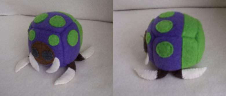 Baneling Cube Plushie by Cube-lees