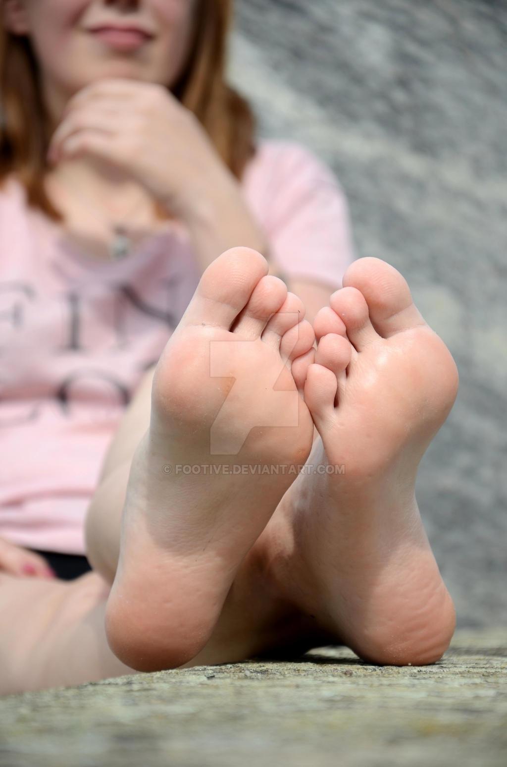 Mag's sweaty socks and feet 53