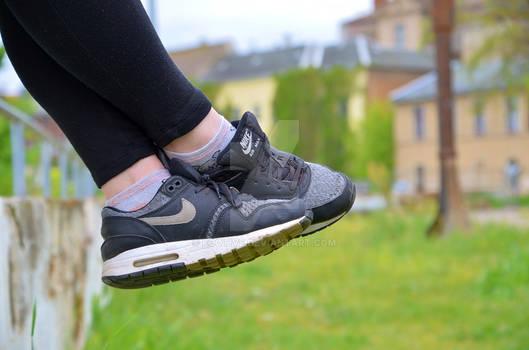 Lea's Nike shoes 35