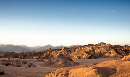 Mountains of Egypt by Moggen2