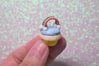 Rainbow Cupcake by lyssacrafts