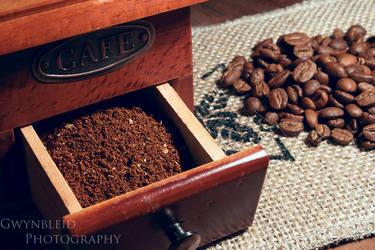 Coffee by Gwynbleid