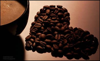 Coffee tribiute by Gwynbleid