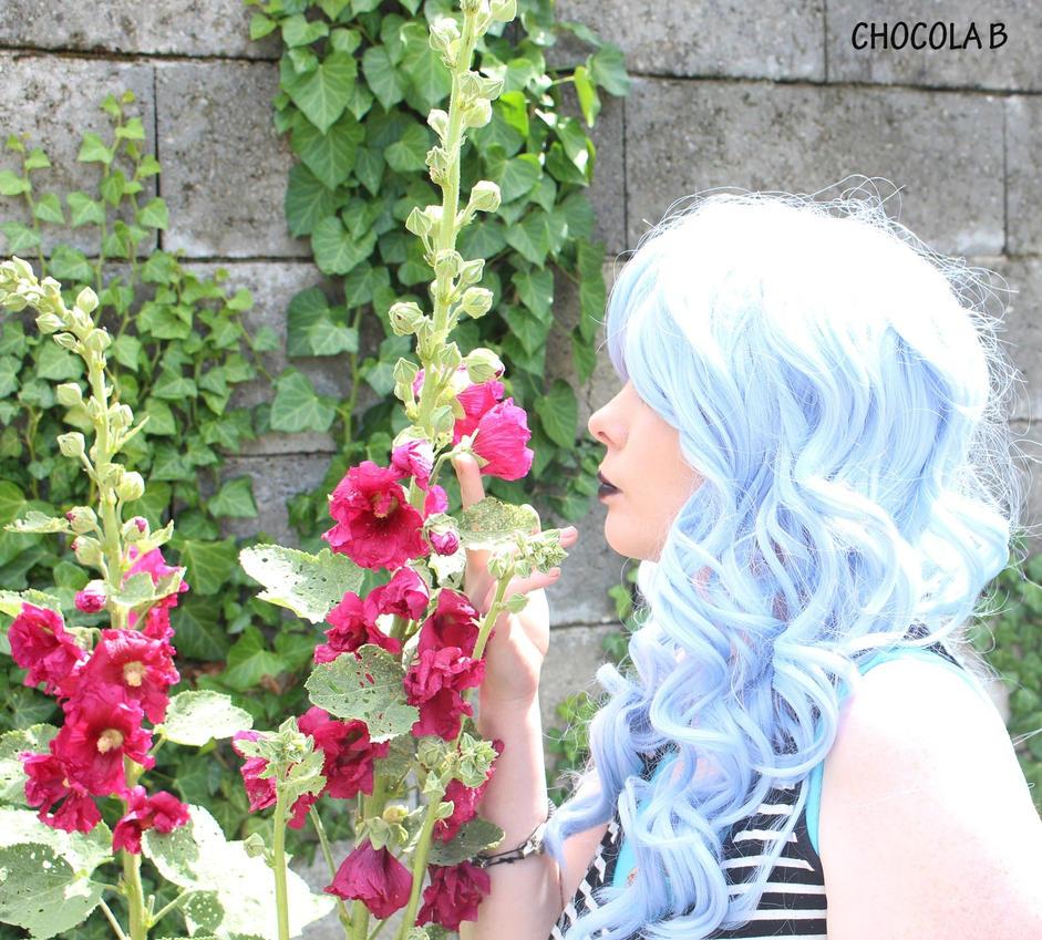 Blue Moon in  Summer by ChocolaBizarre