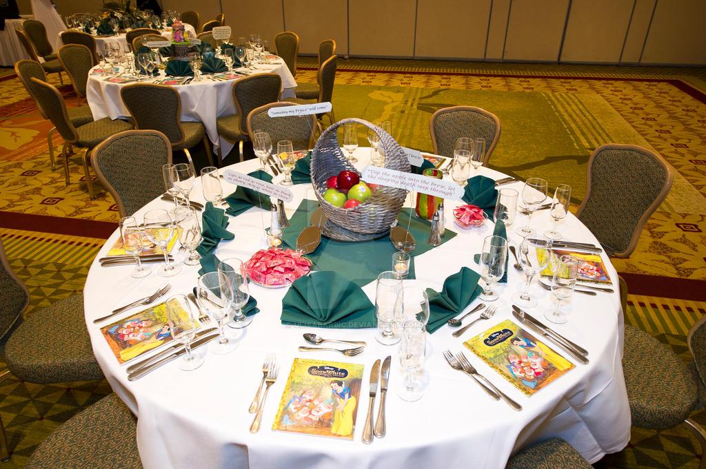 Ulisas Wedding Table Set Up 3 Snow White By UlisaBarbic
