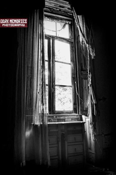 La ventana by DarkMPhotography