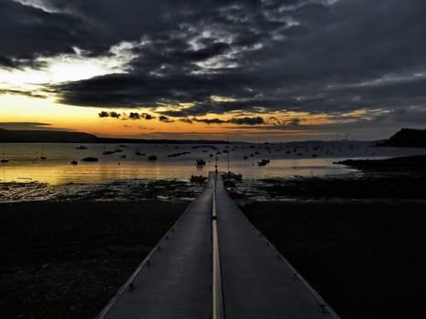 Morning jetty in Dale