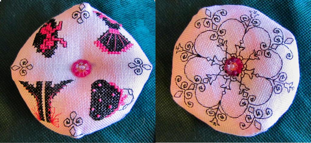 Pinky's Biscornu by Katjakay