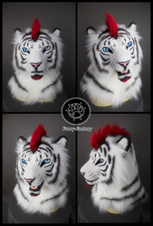 Lorcan white tiger mask
