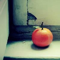 Less is more by Julie-de-Waroquier