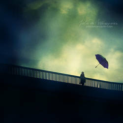 Following her dream by Julie-de-Waroquier