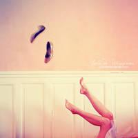 Cinderella in Wonderland by Julie-de-Waroquier