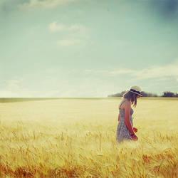 Ode to Summer by Julie-de-Waroquier