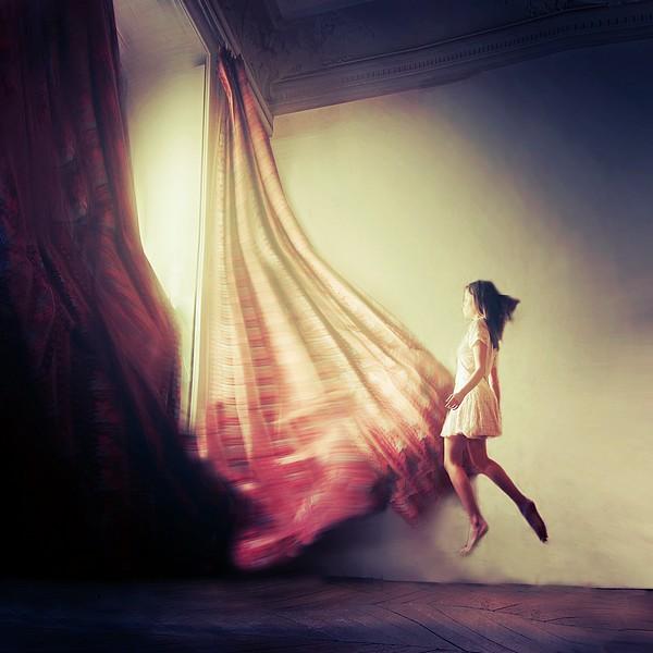 Her fate by Julie-de-Waroquier