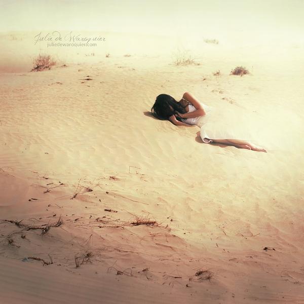 Disappear by Julie-de-Waroquier