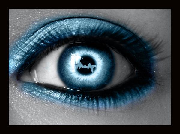 http://fc41.deviantart.com/fs27/i/2008/149/c/6/My_Heart_Beats_Blue__by_MEGAN_Yrrbby.jpg