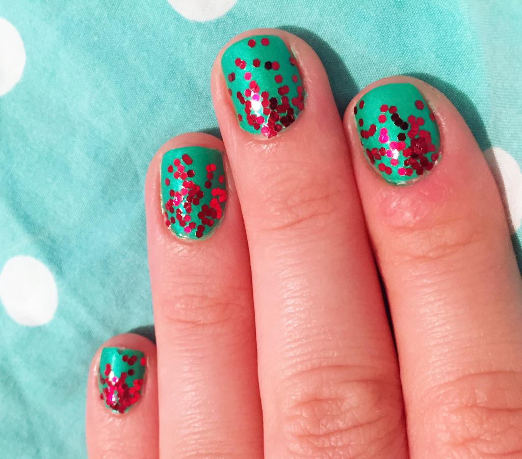Red Ombre Nails Christmas.Green And Red Glitter Ombre Nails For Christmas By