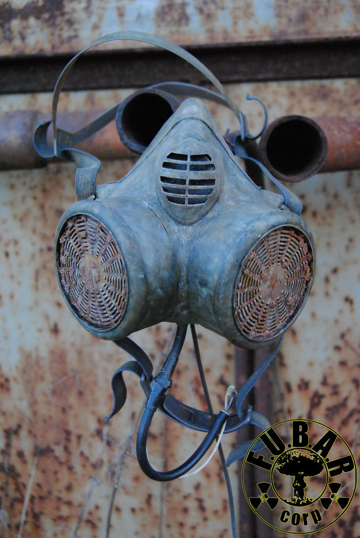 Zone Wanderer Gas Mask by Zaxnot