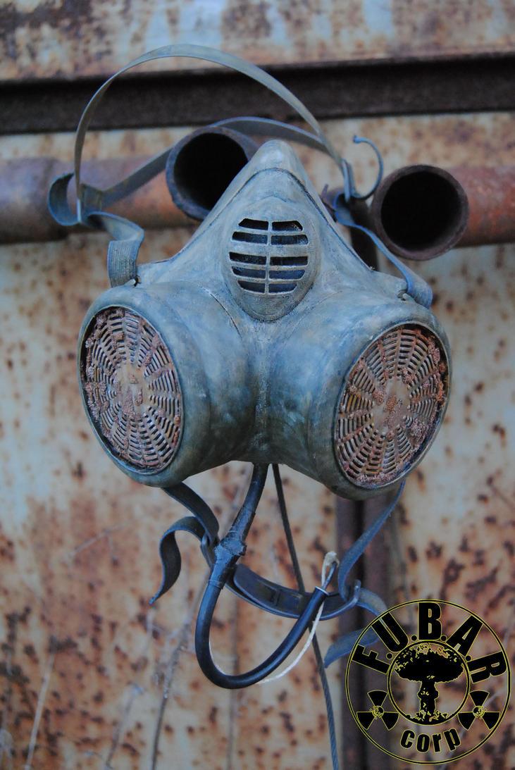 Zone Wanderer Gas Mask by Zaxnot