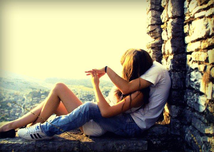 картинка парень и девушка спорят