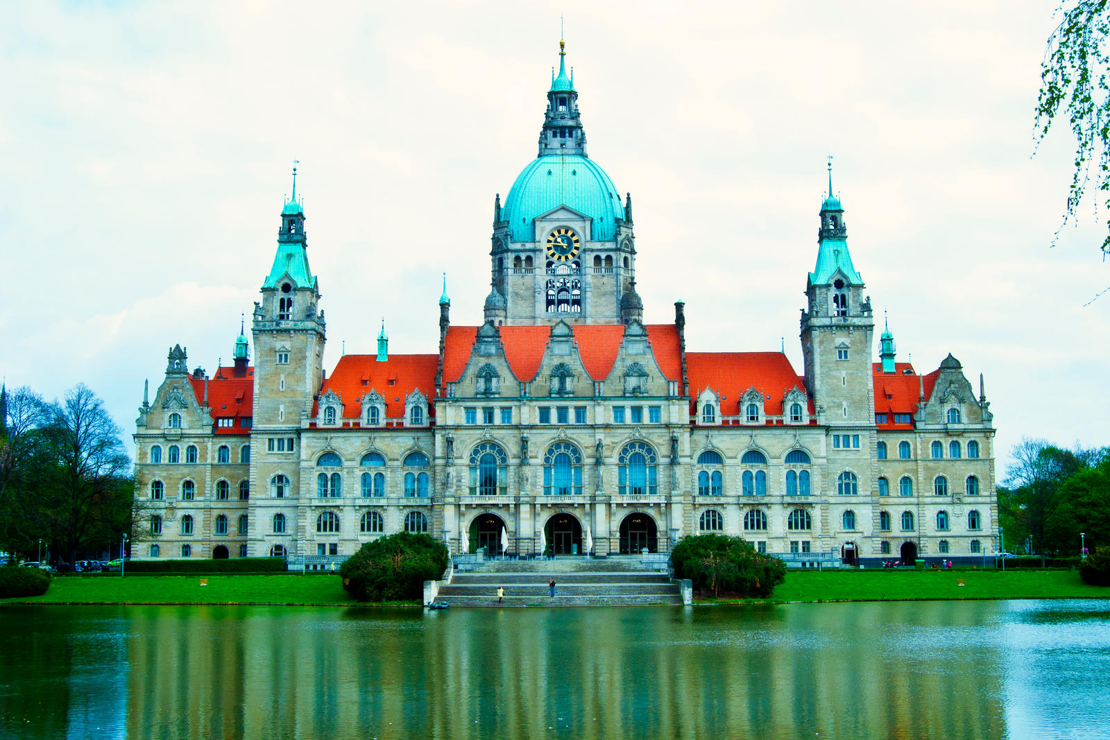 New city hall hannover by mr26photo on deviantart for Souvenir shop hannover
