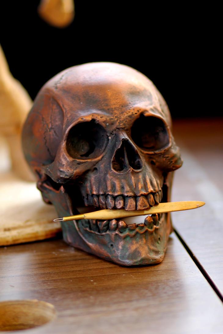 Skull by Cleytonoliveira