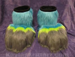 Izzy Husky's Feet
