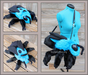 Blue Carpenter Bee Shoulderbag Plushie